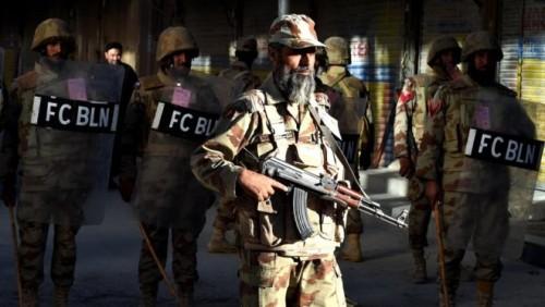 პაკისტანში პოლიციის აკადემიას შეიარაღებული პირები თავს დაესხნენ