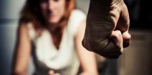 სახალხო დამცველი - 10 თვის მონაცემებით, ოჯახში ძალადობის პირობებში 13 ქალია მოკლული