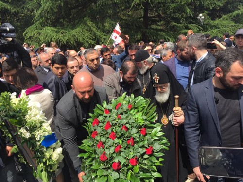 Patriarch holds service at the grave of Unknown Soldier