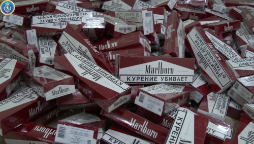 Two people detained on fact of transporting non-excise cigarettes
