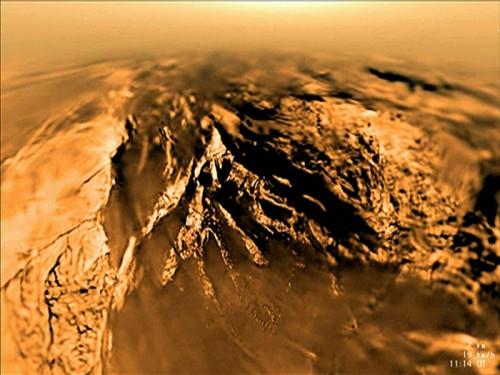 სატურნის მთვარე ტიტანის უცნაური ლაბირინთების საიდუმლო ამოხსნილია