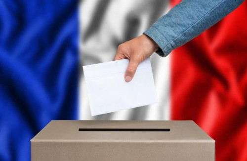 France votes in second parliamentary round