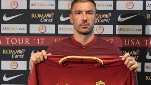"""კოლაროვი იტალიაში დაბრუნდა და """"რომაში"""" ითამაშებს"""