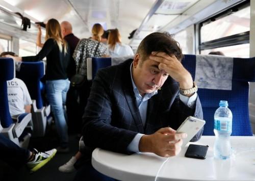 უკრაინის რკინიგზამ მიხეილ სააკაშვილის გამო გაჩერებული მატარებლის მგზავრებს ბილეთების ღირებულება აუნაზღაურა