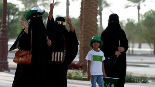 საუდის არაბეთში ქალებს მანქანის მართვის უფლება 2018 წლიდან ექნებათ