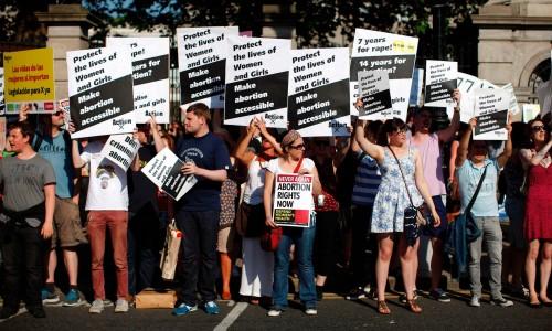 ირლანდიაში აბორტის შესახებ კანონის ლიბერალიზაციისთვის რეფერენდუმი ჩატარდება