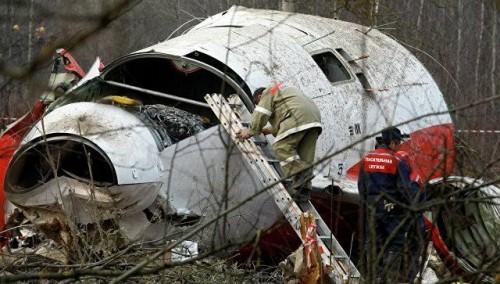 პოლონეთში ამტკიცებენ, რომ ლეხ კაჩინსკის თვითმფრინავზე მომხდარი აფეთქების ხმა ლაინერის შავი ყუთის ჩანაწერებში აღმოაჩინეს