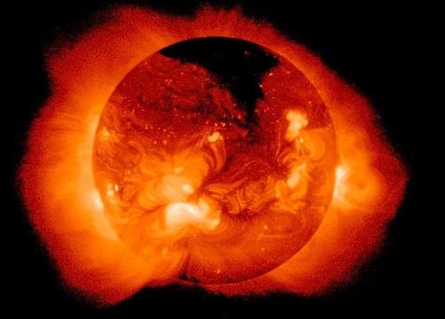 რატომ არის მზის გვირგვინი მის ზედაპირზე ცხელი - ახალი თეორიის დამაჯერებელი პასუხი