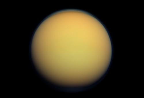 სატურნის მთვარე ტიტანის ამინდი უაღრესად მკაცრია და ძალიან ჰგავს დედამიწისას