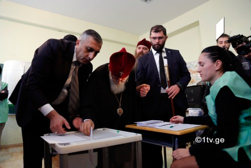 Catholicos Patriarch votes in elections