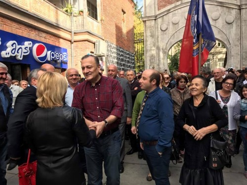 Labor Party Leader meets with voters in Kutaisi