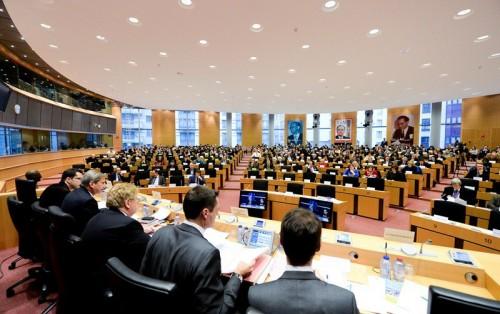 """ევროპარლამენტში დღეს კენჭს უყრიან რეზოლუციას, რომელშიც ევროკავშირის ინსტიტუტებს """"აღმოსავლეთ პარტნიორობის"""" პროგრამის თაობაზე რეკომენდაციებით მიმართავენ"""