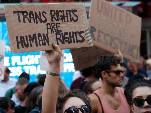 სასამართლომ დონალდ ტრამპის განკარგულება დაბლოკა, რომელიც ტრანსგენდერებს აშშ-ის შეიარაღებულ ძალებში სამსახურს უკრძალავდა