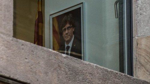 Catalan leader travels to Brussels as Spanish state prosecutor calls for rebellion and sedition charges