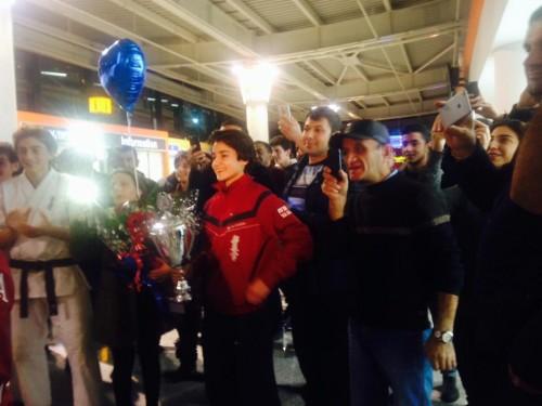კიოკუშინ კარატეში ევროპის ჩემპიონი ქამალა მამედოვა საქართველოში დაბრუნდა