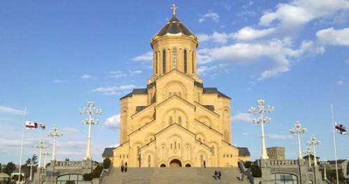 სამების ტაძარში აფხაზეთიდან გადმოსვენებული 25 პირის სამოქალაქო პანაშვიდი დღეს გაიმართება
