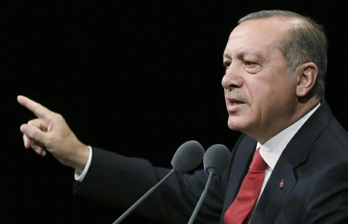 ანკარა ყირიმიდან მცურავ გემებს თურქეთის პორტებში არ შეუშვებს