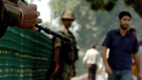 ინდოეთში თვითმკვლელი ტერორისტები პაკისტანის საზღვართან მდებარე სამხედრო ნაწილს დაესხნენ თავს