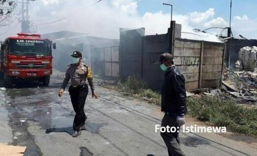 ინდონეზიაში, პიროტექნიკის ქარხანაში ხანძრისა და აფეთქებების შედეგად, 27 ადამიანი დაიღუპა