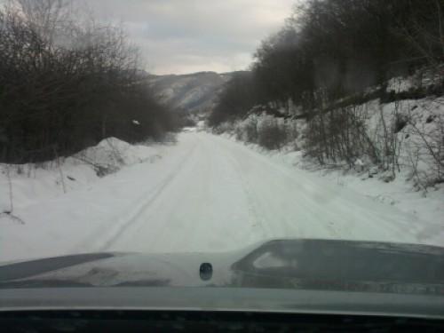 აბანოს უღელტეხილზე თოვლის გამო, თუშეთისკენ მიმავალი გზა დაკეტილია