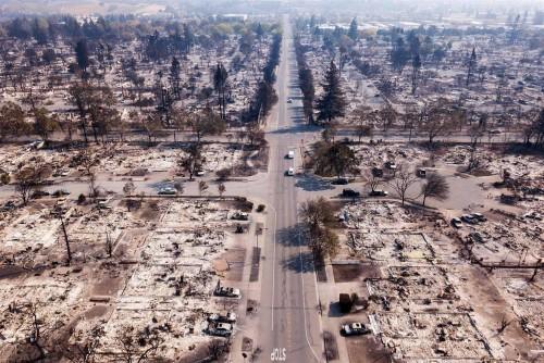 კალიფორნიაში ხანძრის შედეგად დაღუპულთა რიცხვმა 30-ს გადააჭარბა