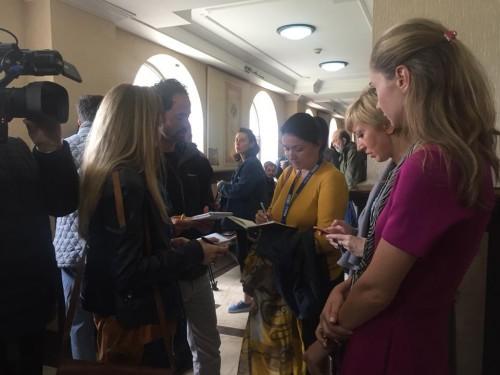 თინა ბოკუჩავა საქალაქო სასამართლოში ეუთო-ს ODIHR-ის მისიის წარმომადგენლებთან ერთად მივიდა