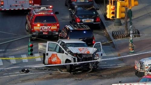 მანჰეტენზე შვიდი ადამიანი ველობილიკზე ავტომობილის შევარდნას ემსხვერპლა