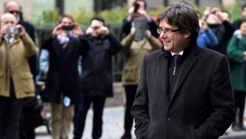 ბელგიელმა გამომძიებელმა მოსამართლემ კარლეს პუიჩდემონი და კატალონიის ოთხი ყოფილი მინისტრი გაათავისუფლა